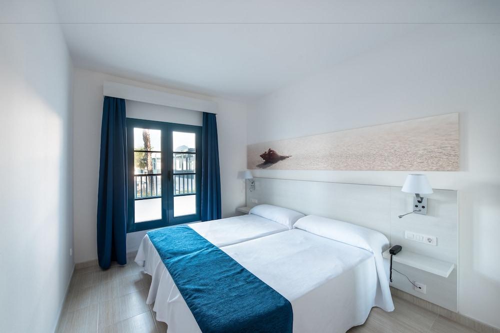 THB Tropical Island Aparthotel