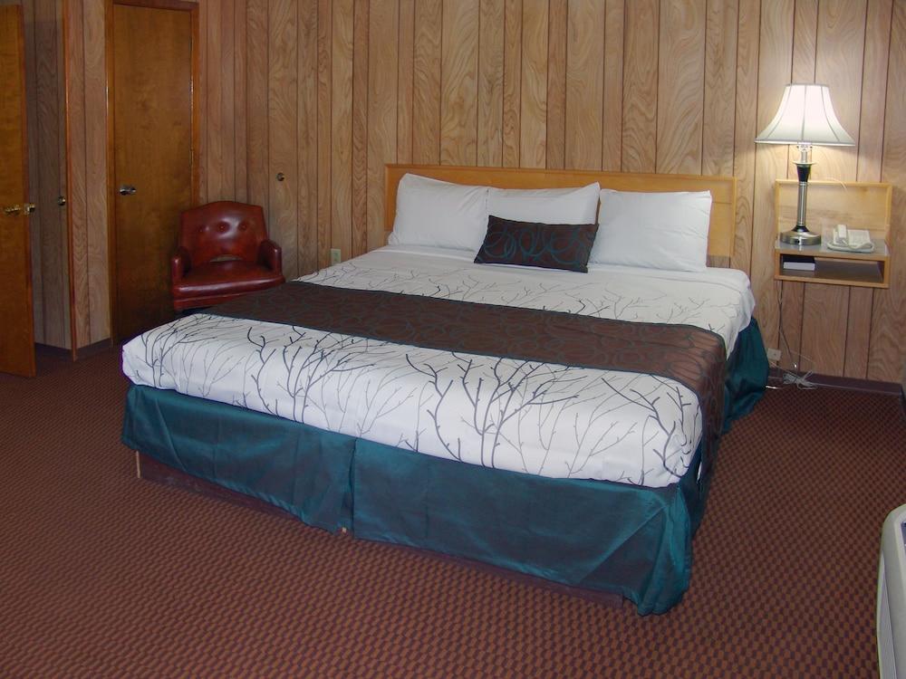 인 앳 새먼 크리크(The Inn At Salmon Creek) Hotel Image 7 - Guestroom