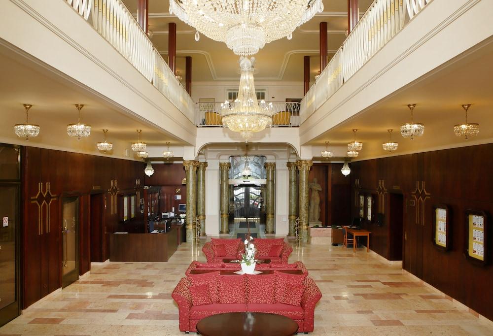 오레아 스파 호텔 보헤미아(Orea Spa Hotel Bohemia) Hotel Image 2 - Lobby
