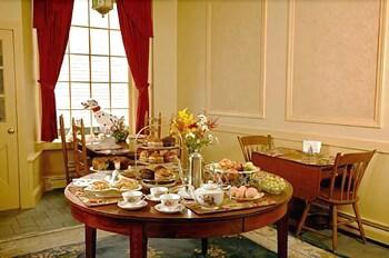 아메리카스 컵 인(Americas Cup Inn) Hotel Image 25 - Dining