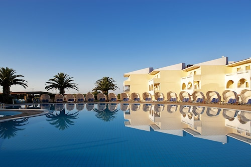 __{offers.Best_flights}__ Cephalonia Palace