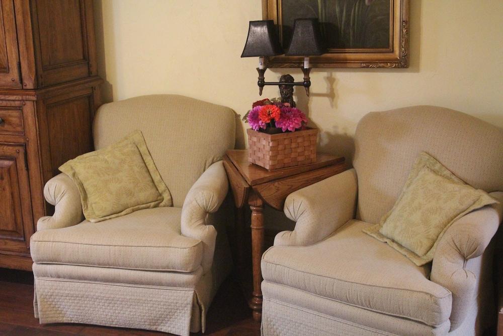 리지웨이 인(Ridgeway Inn) Hotel Image 6 - Guestroom