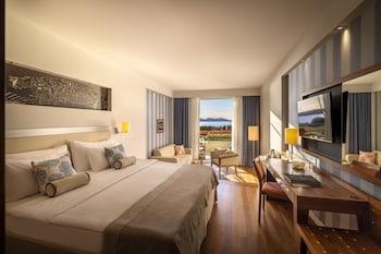 Deluxe Tek Büyük Yataklı Oda, Teras, Deniz Manzaralı