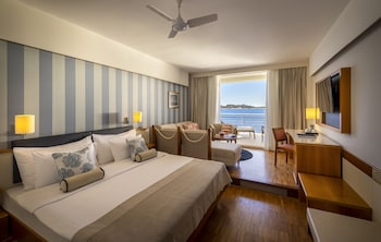 Superior Twin Room, Balcony Or Terrace, Sea View