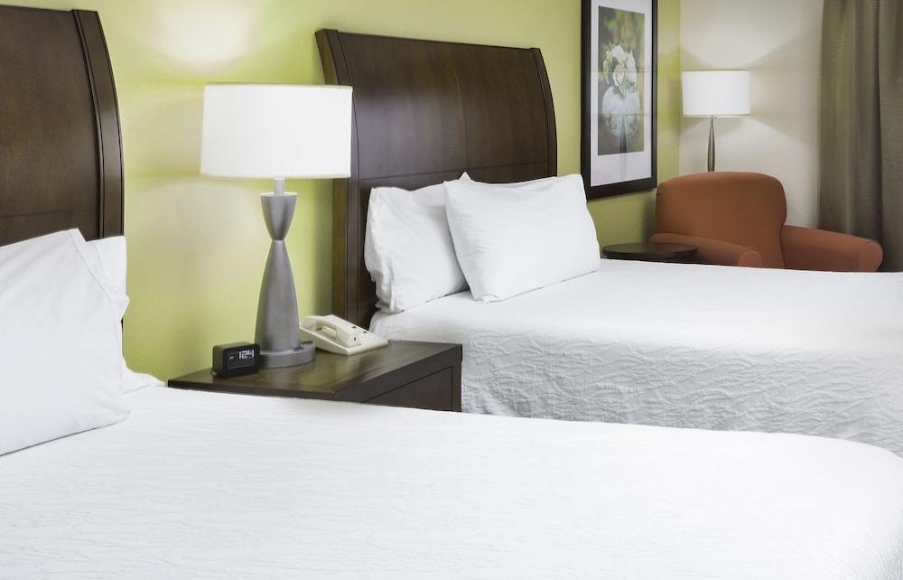 힐튼 가든 인 시애틀 노스/에버렛(Hilton Garden Inn Seattle North/Everett) Hotel Image 9 - Guestroom