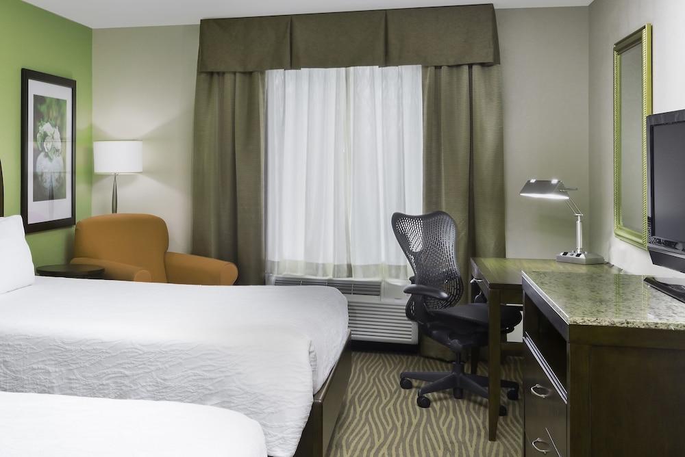 힐튼 가든 인 시애틀 노스/에버렛(Hilton Garden Inn Seattle North/Everett) Hotel Image 7 - Guestroom