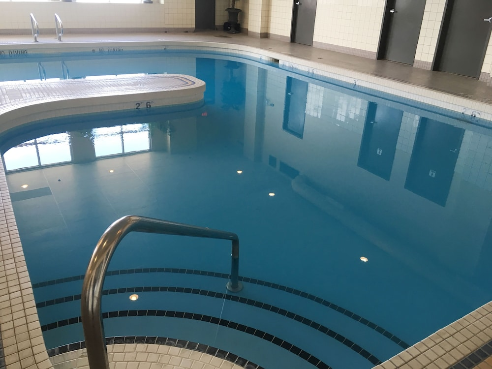 Pool : Indoor Pool 5 of 63