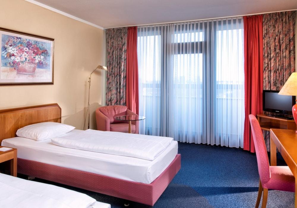 호텔 엑셀시어 루트비히스하펜(Hotel Excelsior Ludwigshafen) Hotel Image 2 - Guestroom