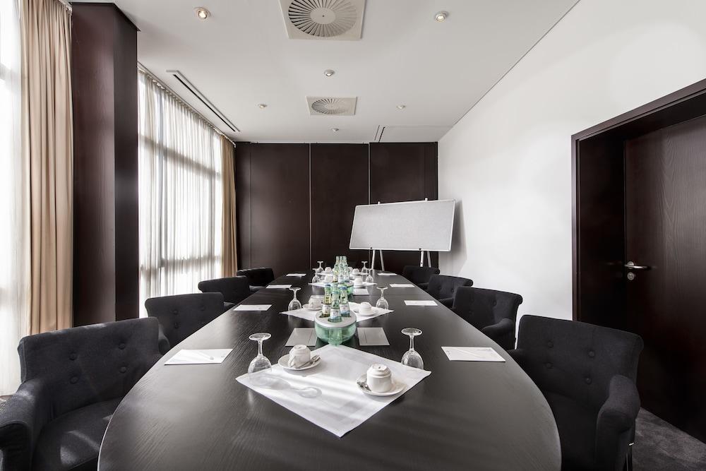 호텔 엑셀시어 루트비히스하펜(Hotel Excelsior Ludwigshafen) Hotel Image 18 - Meeting Facility