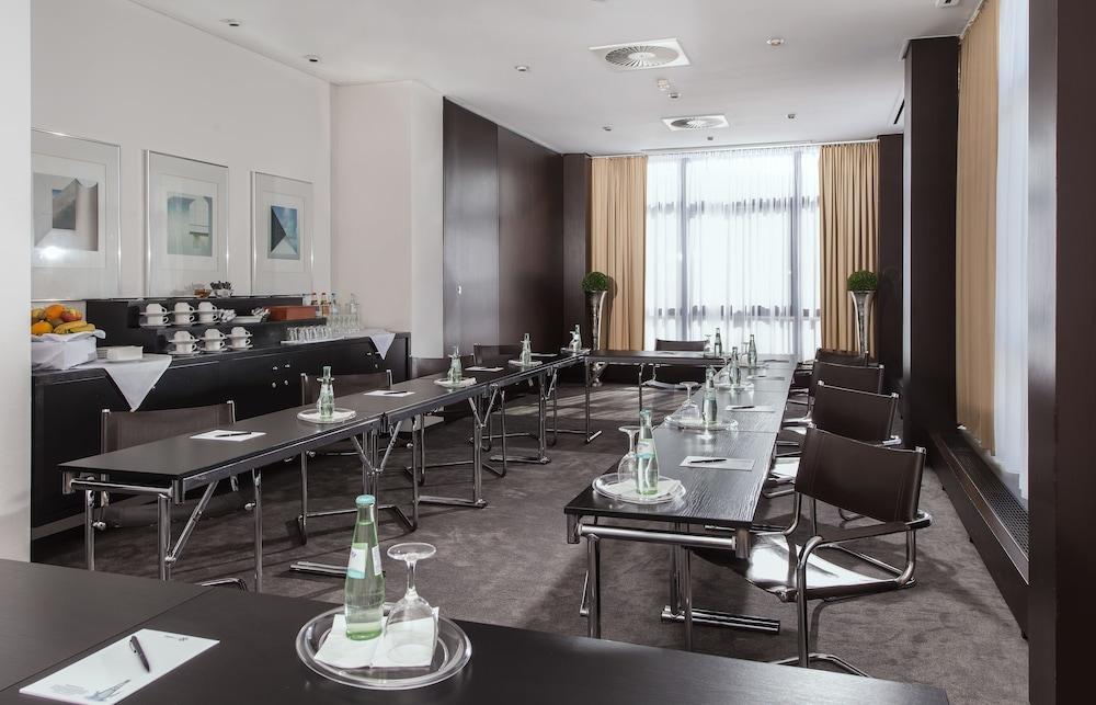 호텔 엑셀시어 루트비히스하펜(Hotel Excelsior Ludwigshafen) Hotel Image 19 - Meeting Facility