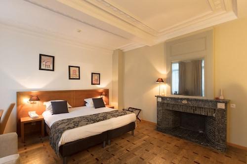 . Hotel de Flandre