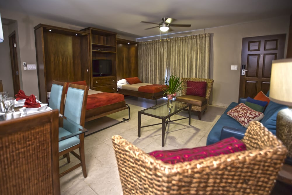심슨 베이 비치 리조트 & 마리나(Simpson Bay Beach Resort and Marina) Hotel Image 19 - Living Area