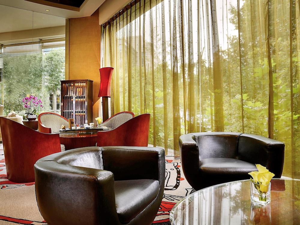 소피텔 시안 온 렌민 스퀘어(Sofitel Xian on Renmin Square) Hotel Image 43 - Hotel Lounge