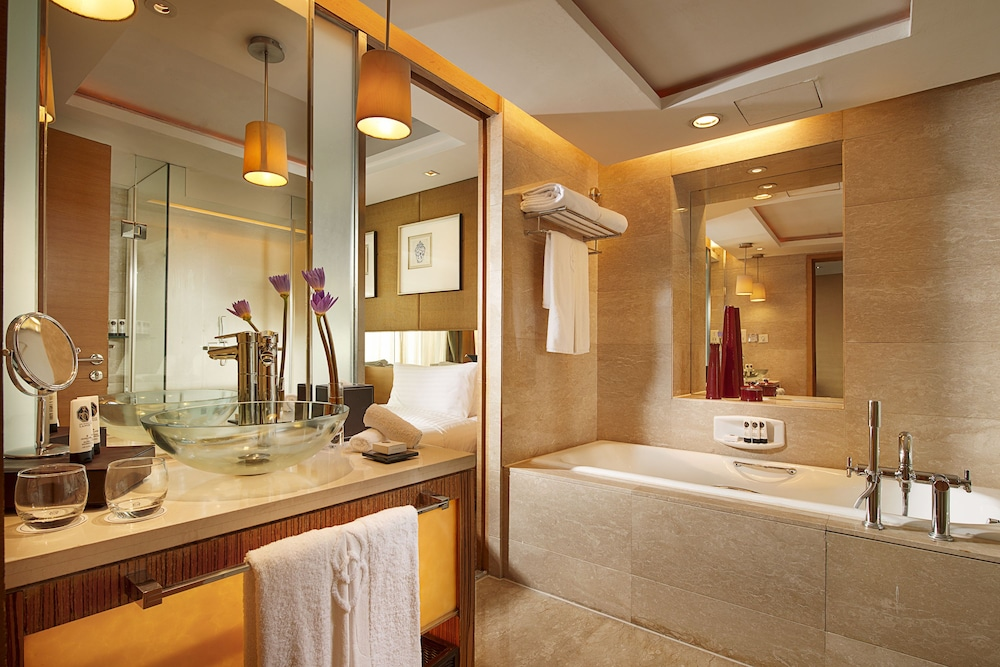 소피텔 시안 온 렌민 스퀘어(Sofitel Xian on Renmin Square) Hotel Image 24 - Bathroom