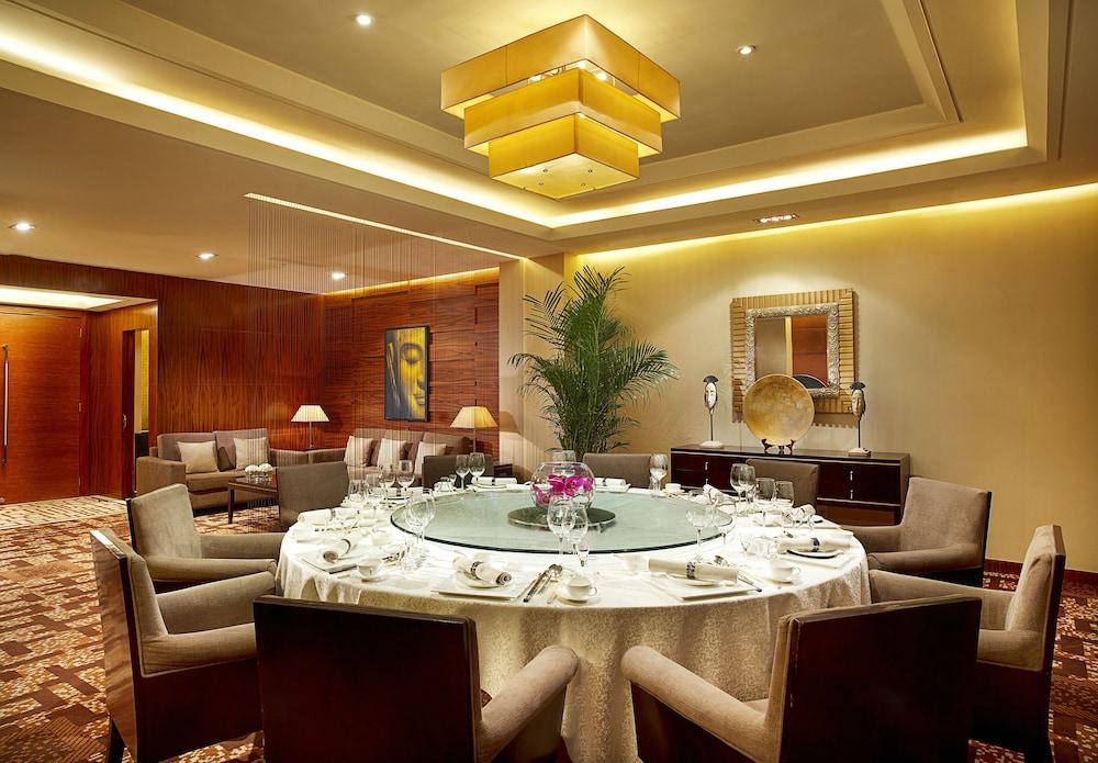 소피텔 시안 온 렌민 스퀘어(Sofitel Xian on Renmin Square) Hotel Image 37 - Restaurant