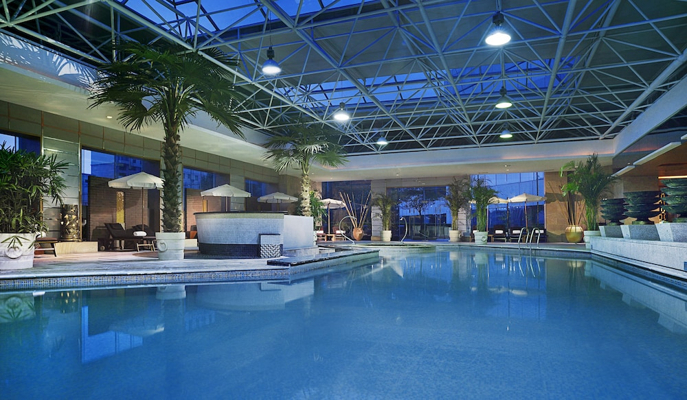 소피텔 시안 온 렌민 스퀘어(Sofitel Xian on Renmin Square) Hotel Image 5 - Pool