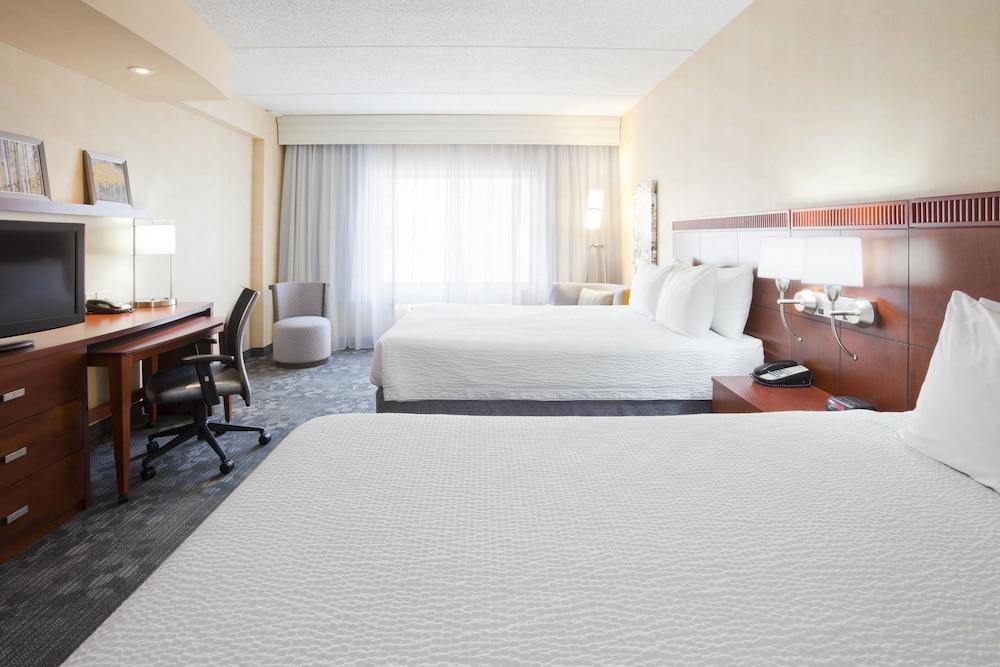 코트야드 바이 메리어트 로체스터 메이오 클리닉 지역/세인트메리스(Courtyard by Marriott Rochester Mayo Clinic Area/Saint Marys) Hotel Image 8 - Guestroom