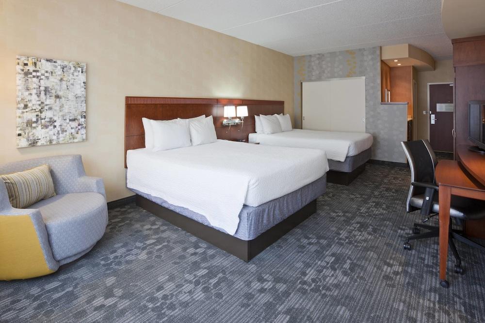 코트야드 바이 메리어트 로체스터 메이오 클리닉 지역/세인트메리스(Courtyard by Marriott Rochester Mayo Clinic Area/Saint Marys) Hotel Image 12 - Guestroom