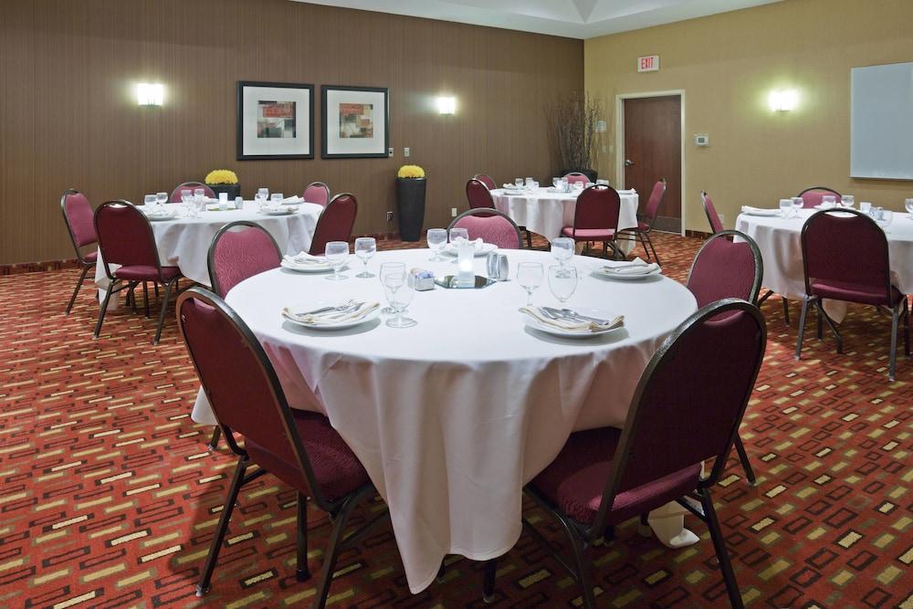 코트야드 바이 메리어트 로체스터 메이오 클리닉 지역/세인트메리스(Courtyard by Marriott Rochester Mayo Clinic Area/Saint Marys) Hotel Image 29 - Meeting Facility