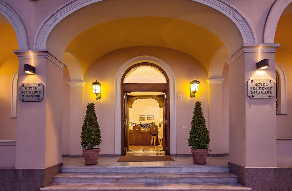 호텔 미라마레(Hotel Miramare) Hotel Image 43 - Hotel Entrance