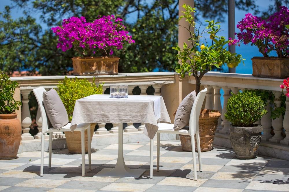 호텔 미라마레(Hotel Miramare) Hotel Image 48 - Terrace/Patio