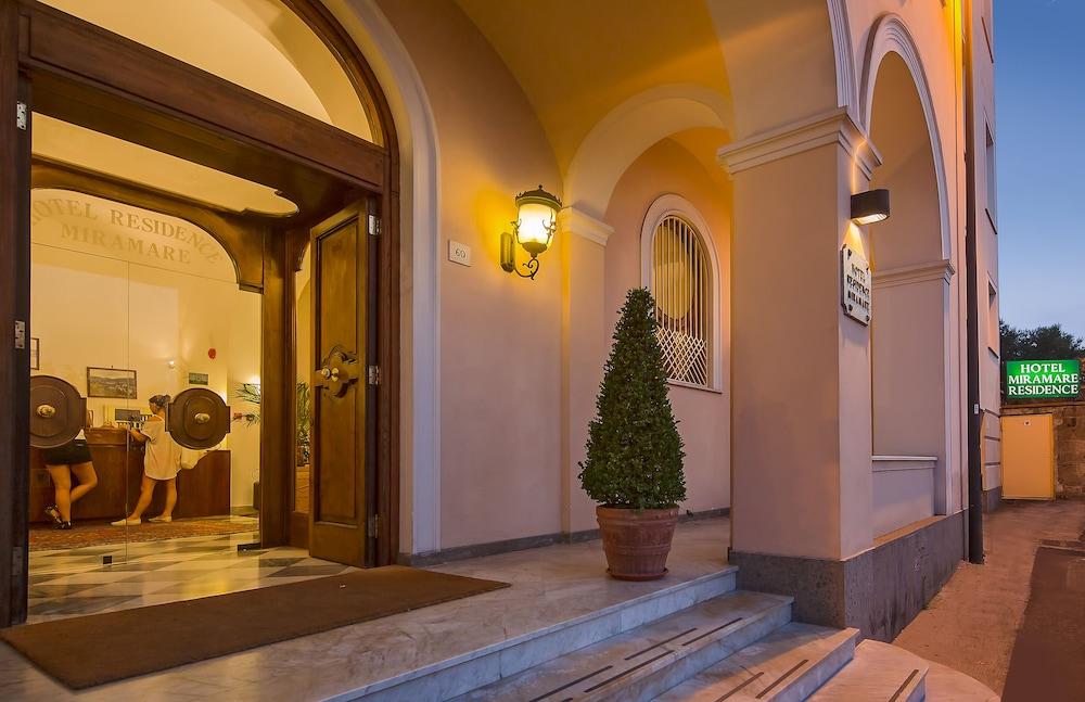 호텔 미라마레(Hotel Miramare) Hotel Image 42 - Hotel Entrance