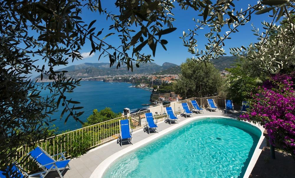호텔 미라마레(Hotel Miramare) Hotel Image 33 - Rooftop Pool