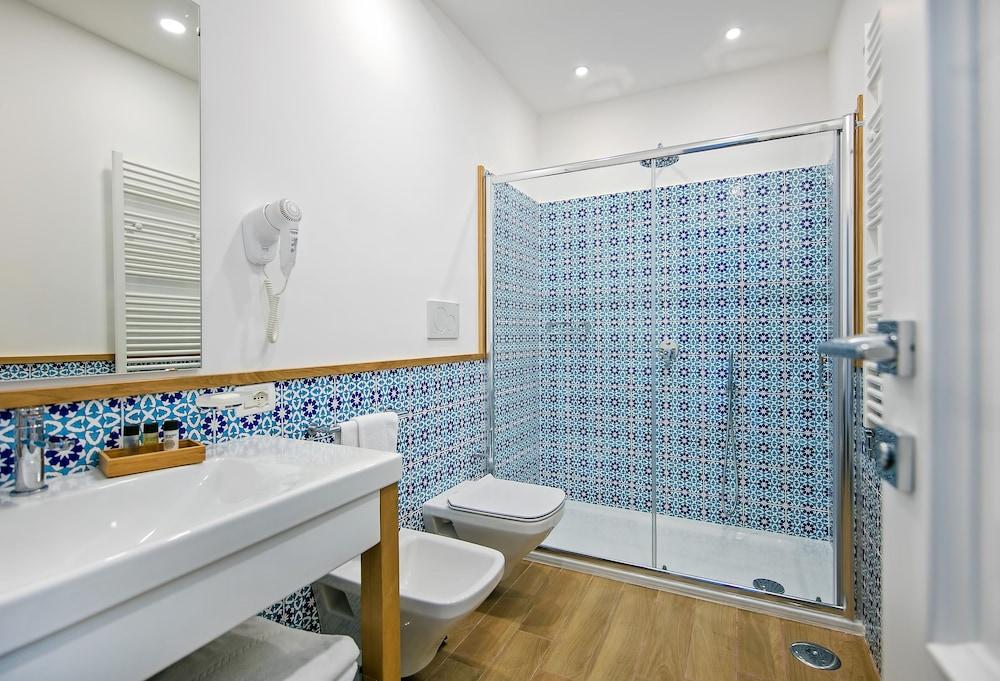 호텔 미라마레(Hotel Miramare) Hotel Image 22 - Bathroom