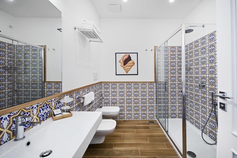 호텔 미라마레(Hotel Miramare) Hotel Image 29 - Bathroom