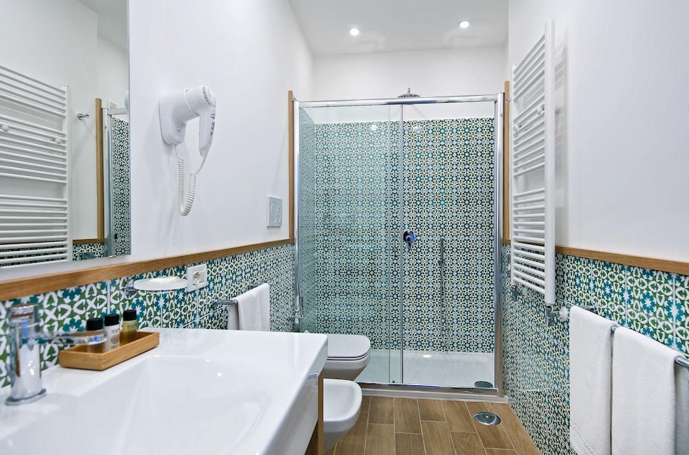 호텔 미라마레(Hotel Miramare) Hotel Image 30 - Bathroom