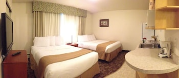 Standard Room, 2 Queen Beds, Kitchenette