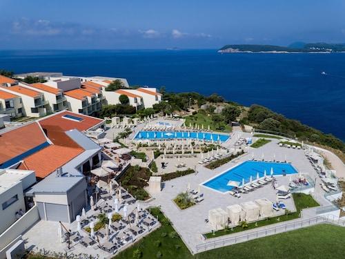 . Valamar Argosy Hotel