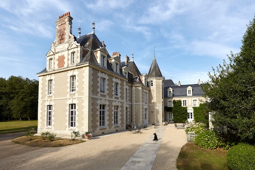 . Chateau du Breuil