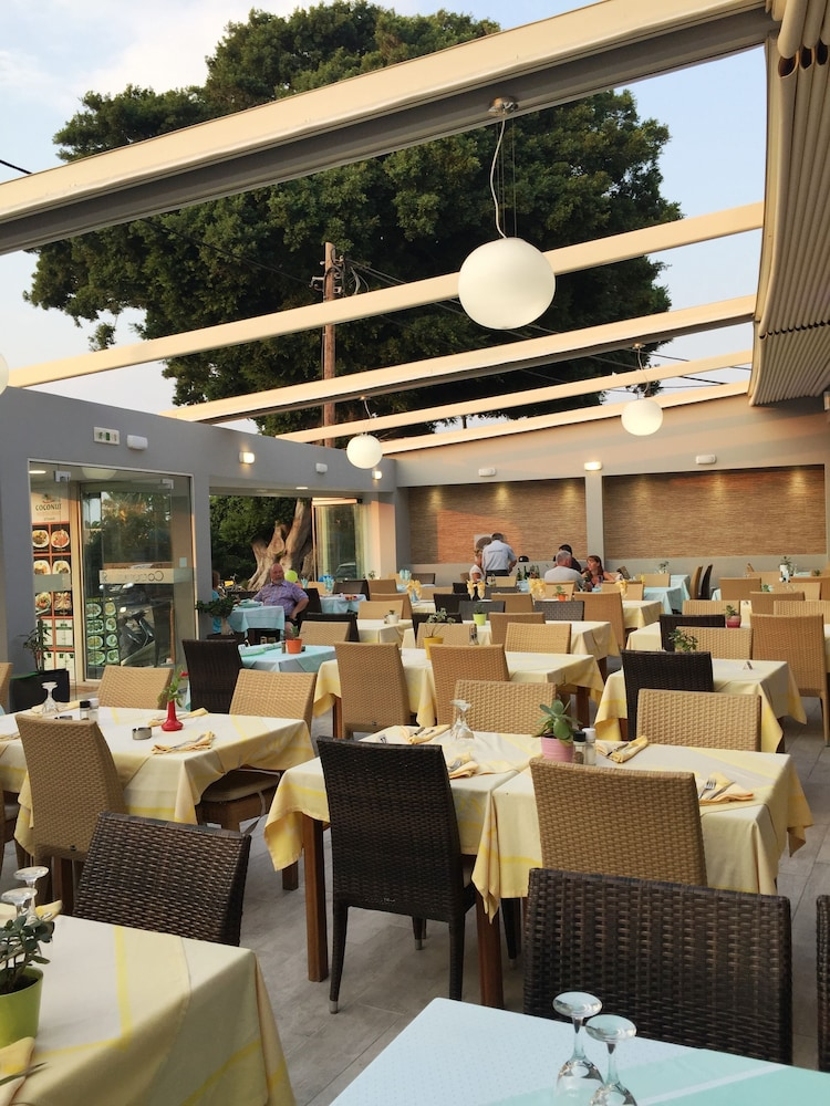캐러벨 아파트먼트 호텔(Caravel Apartment Hotel) Hotel Image 31 - Outdoor Dining