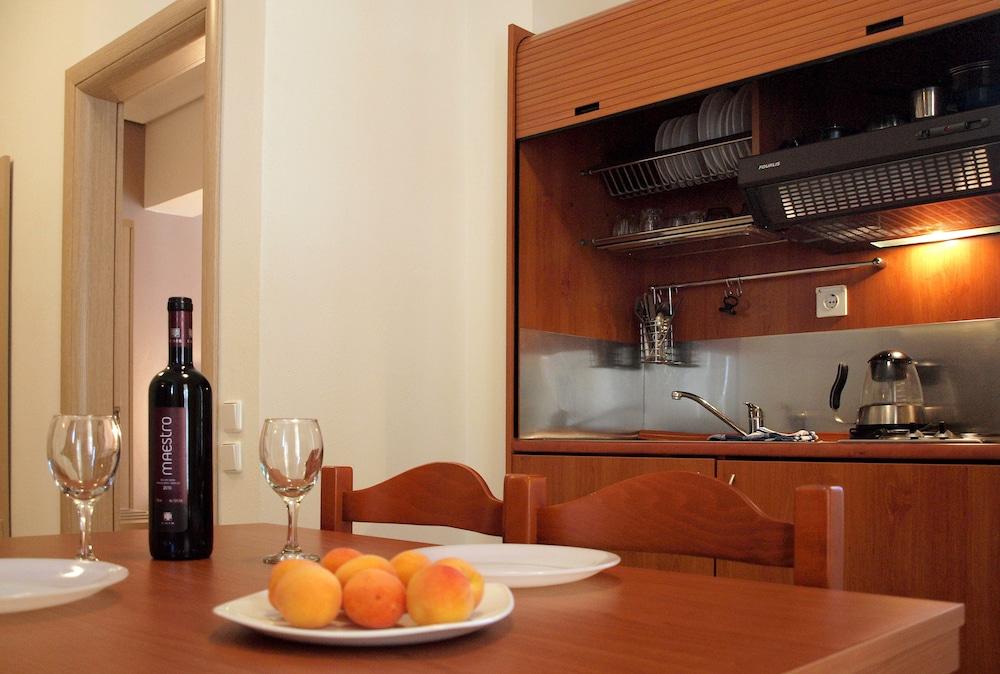 캐러벨 아파트먼트 호텔(Caravel Apartment Hotel) Hotel Image 13 - In-Room Kitchen