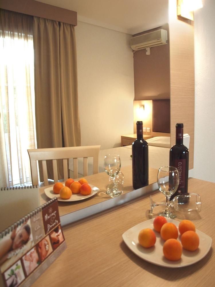 캐러벨 아파트먼트 호텔(Caravel Apartment Hotel) Hotel Image 3 - Guestroom