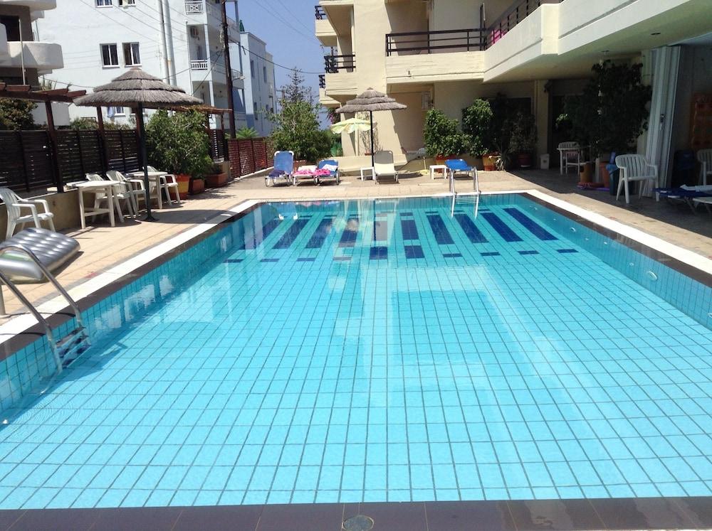 캐러벨 아파트먼트 호텔(Caravel Apartment Hotel) Hotel Image 20 - Outdoor Pool