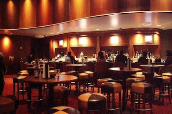 골드 컨트리 카지노 앤드 호텔(Gold Country Casino & Hotel) Hotel Image 19 - Hotel Bar