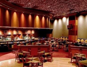골드 컨트리 카지노 앤드 호텔(Gold Country Casino & Hotel) Hotel Image 18 - Hotel Bar