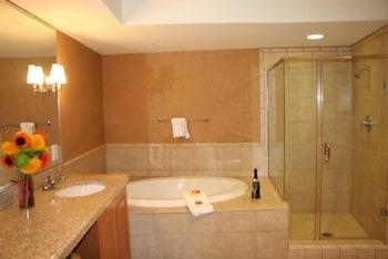 골드 컨트리 카지노 앤드 호텔(Gold Country Casino & Hotel) Hotel Image 8 - Bathroom
