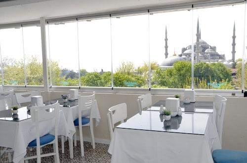 Star Holiday Hotel, Fatih