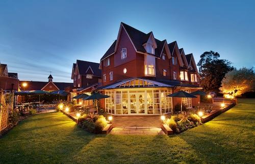 . Hempstead House Hotel