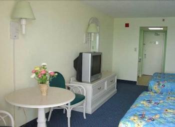 샌드캐슬 오션프런트 리조트 사우스비치(Sandcastle Oceanfront Resort South Beach) Hotel Image 55 - Guestroom