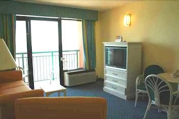 샌드캐슬 오션프런트 리조트 사우스비치(Sandcastle Oceanfront Resort South Beach) Hotel Image 58 - Guestroom