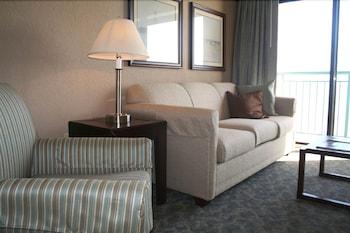 샌드캐슬 오션프런트 리조트 사우스비치(Sandcastle Oceanfront Resort South Beach) Hotel Image 39 - Living Area