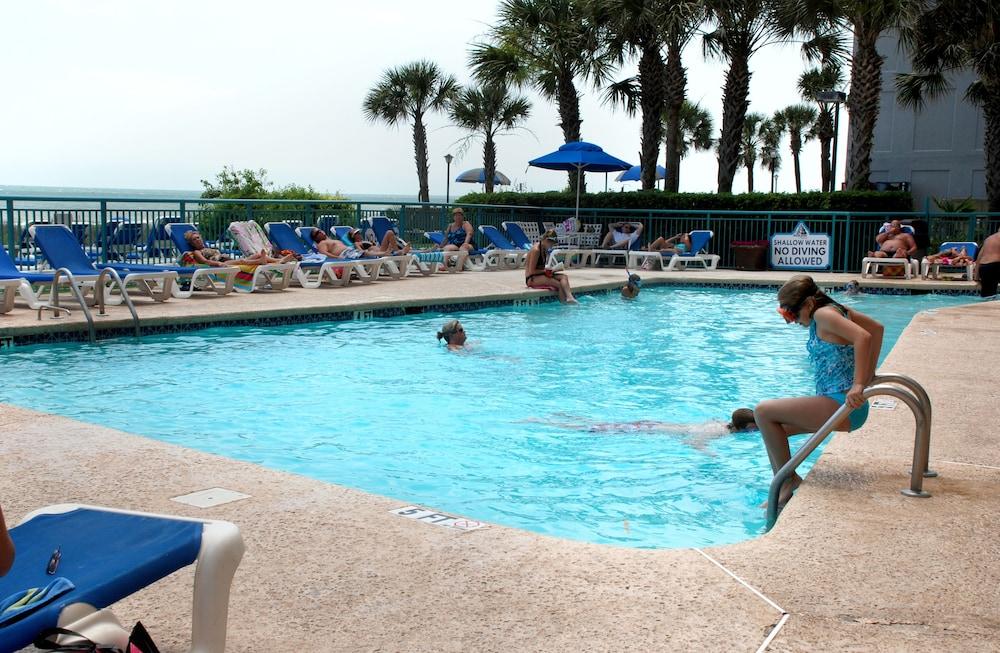 샌드캐슬 오션프런트 리조트 사우스비치(Sandcastle Oceanfront Resort South Beach) Hotel Image 7 - Pool
