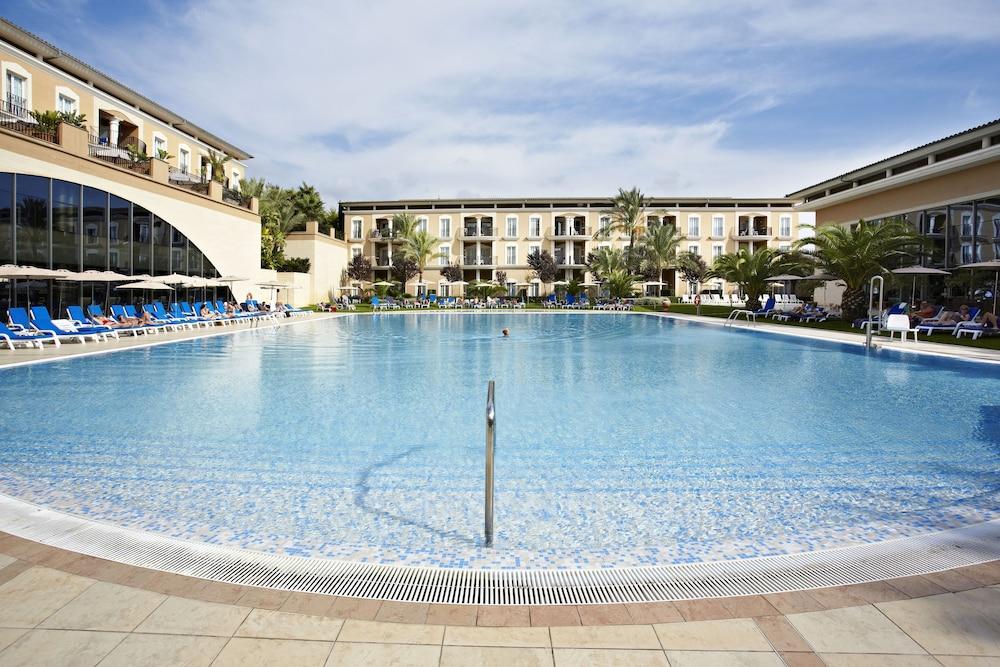 그루포텔 플라야 데 팔마 수이테스 앤드 스파(Grupotel Playa de Palma Suites & Spa) Hotel Image 22 - Outdoor Pool
