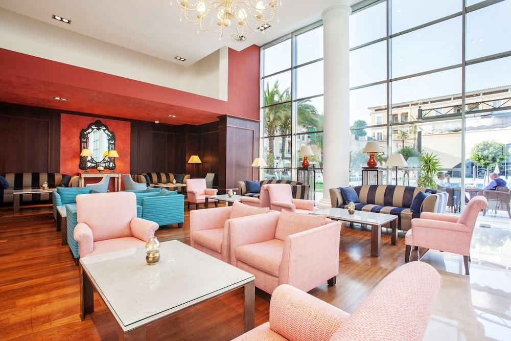 그루포텔 플라야 데 팔마 수이테스 앤드 스파(Grupotel Playa de Palma Suites & Spa) Hotel Image 5 - Lobby Lounge