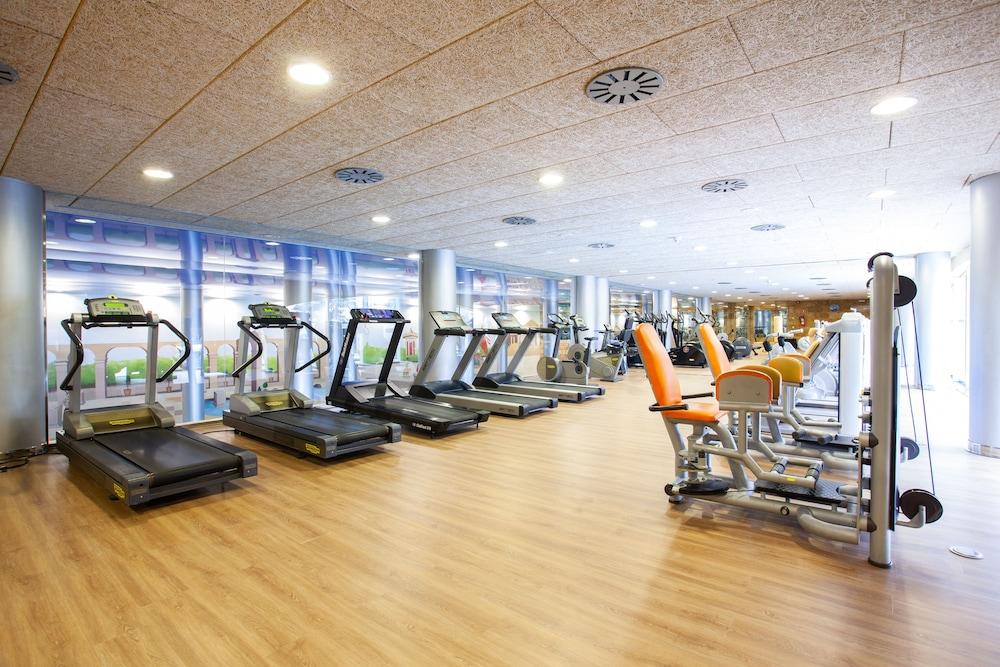 그루포텔 플라야 데 팔마 수이테스 앤드 스파(Grupotel Playa de Palma Suites & Spa) Hotel Image 36 - Sports Facility