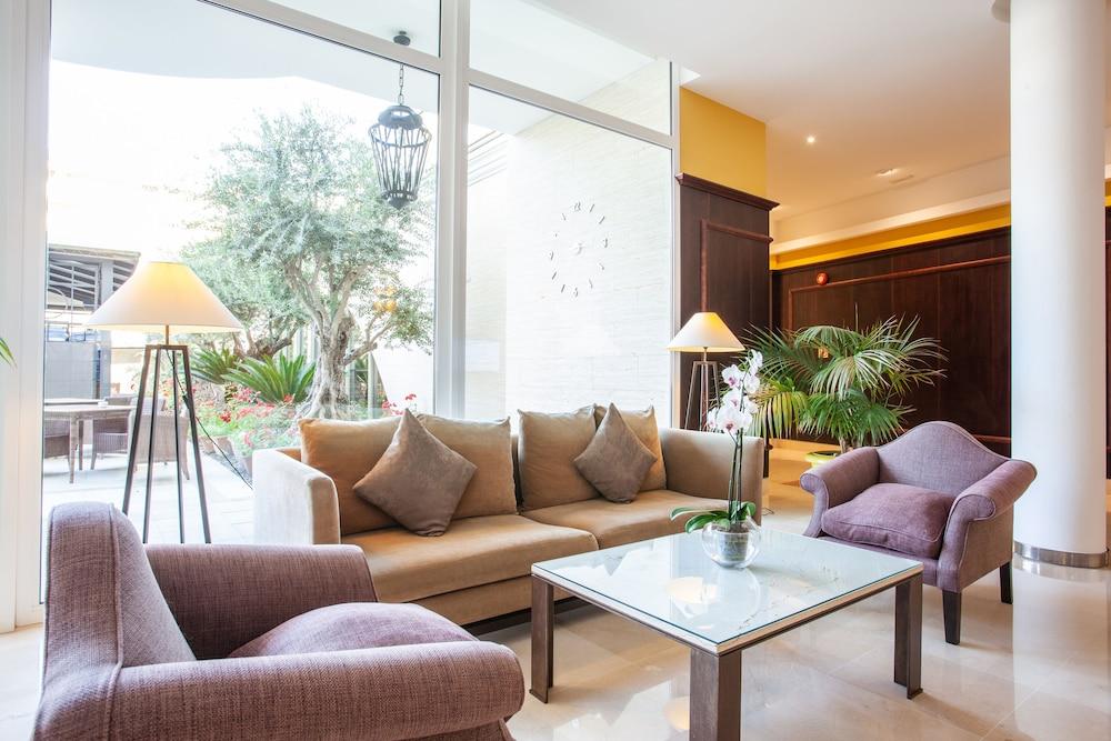 그루포텔 플라야 데 팔마 수이테스 앤드 스파(Grupotel Playa de Palma Suites & Spa) Hotel Image 47 - Interior Detail